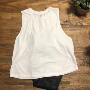 Fabletics cropped muscle shirt